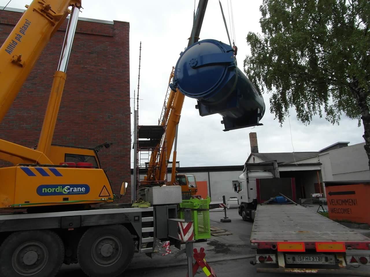 Flytt av autoklav i Lillehammer